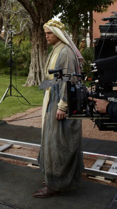 pattinsonworld:  Set Queen Of The Desert