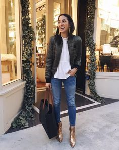 48 Bomber Jacket To Update You Wardrobe This Summer – Fashion New Trends Casual Chic Outfits, Business Casual Outfits, Fashion Outfits, Womens Fashion, Fall Winter Outfits, Autumn Winter Fashion, Gold Boots, Booties Outfit, Ankle Boots
