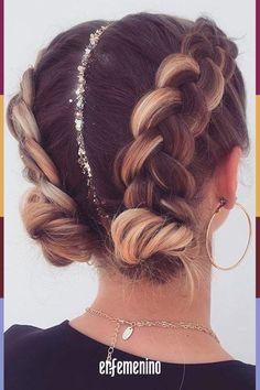 Braids 763289836832417177 - 63 Charming Braided Hairstyles bestbraidedhairstyles braidedhairstyleideas br… – Fitness GYM – 63 Charming Braided Hairstyles – Source by Curly Hair Styles, Hair Styles With Buns, Hair Braiding Styles, Curly Hair Dos, Updo Styles, Coachella Hair, Cool Braid Hairstyles, Fashion Hairstyles, Festival Hairstyles