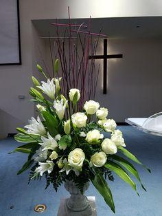 Casket Flowers, Altar Flowers, Church Flowers, Funeral Flowers, Church Altar Decorations, Flower Decorations, Wedding Decorations, White Flower Arrangements, Funeral Flower Arrangements