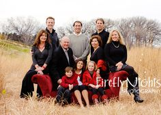 large family picture - Naperville photographer