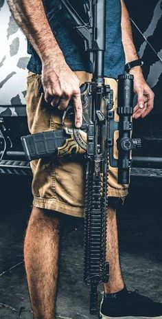 Build Your Dream Custom Assault Rifle Weapons Guns, Guns And Ammo, Special Forces Gear, Armas Ninja, Custom Guns, Assault Rifle, Cool Guns, Military Weapons, Firearms