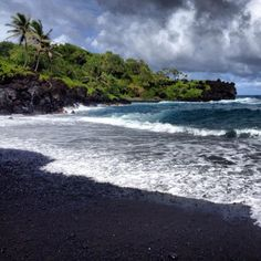 10 Places for Awesome Pictures on Maui! http://mauisnorkeling.hubpages.com/hub/Top-Places-for-Awesome-Pictures-on-Maui