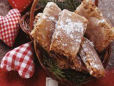 Basler Leckerli ist ein Rezept mit frischen Zutaten aus der Kategorie Gebäck. Probieren Sie dieses und weitere Rezepte von EAT SMARTER!