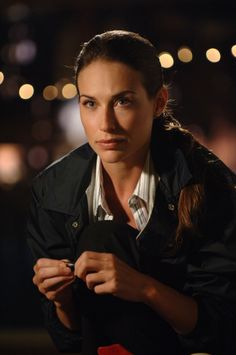 CSI: NY - Publicity still of Claire Forlani. The image measures 1328 * 2000 pixels and was added on 24 October English Actresses, Actors & Actresses, Eddie Cahill, Claire Forlani, Monica Belluci, Us Actress, Romance Film, Prettiest Actresses, Celebrity Beauty