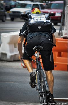 Urban Cycling, Urban Bike, Bike Messenger, Fixed Gear Bike, Bike Style, Bike Art, Austin Texas, Bike Life, Golf Bags