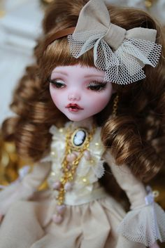 OOAK Monster High Anastasia, by Lady Verrin by Isabelle from Paris, via Flickr
