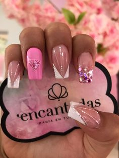 Green Nails, Pink Nails, Glitter Nails, Hair And Nails, My Nails, Animal Nail Art, Gel Nail Art Designs, Gelish Nails, Diamond Nails