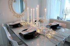My silver X-mas tablesetting - Home White Home -blog