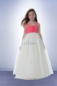 Looking for a flower girl or junior bridesmaid dress that matches with the bridal party? Find cute flower girl and junior bridesmaid dresses at Perfect Bridal. Junior Bridesmaid Dresses, Prom Dresses, Formal Dresses, Discount Flowers, Teen Fashion, Flower Girl Dresses, Bridal, Girl Style, Jr