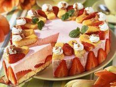 Gâteau aux fraises et au yaourt : Recette de Gâteau aux fraises et au yaourt - Marmiton