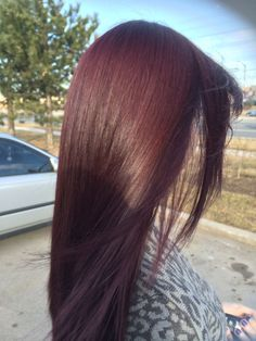 Hair Red hair client Kid's Bedroom Makeover in Minutes! Hair Color Shades, Hair Color And Cut, Pelo Color Vino, Cherry Hair Colors, Wine Hair, Brunette Hair, Hair Looks, Dyed Hair, Hair Inspiration