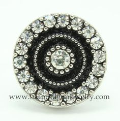 1 - 18mm Silver & Black Circle of Crystals Snap that fits European Style SNAP Jewelry, Noosa Chunk Jewelry, Ginger Snaps Jewelry & Nugz.    This SNAP
