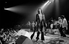 Rolling Stones photo by Annie Leibovitz 1975 Tour of the Americas