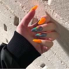 Discovered by ℒŮℵẴ. Find images and videos about nails on We Heart It - the app to get lost in what you love. Edgy Nails, Aycrlic Nails, Stylish Nails, Nail Manicure, Hair And Nails, Grunge Nails, Glitter Nails, Summer Acrylic Nails, Best Acrylic Nails