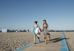 Valencia, de vijf tips van... - Nomad & Villager Wat je moet doen als je naar #Valencia gaat? Spaans leren natuurlijk! En fietsen naar het strand. www.nomadandvillager. ©Anneke de Bundel & Nicole Franken
