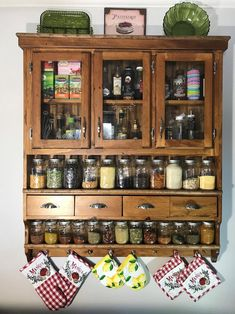 Rustic Kitchen, New Kitchen, Vintage Kitchen, Kitchen Decor, Kitchen Ideas, Kitchen Layout, Kitchen Hacks, Kitchen Designs, Room Kitchen
