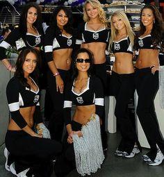 los angeles kings ice girls crew