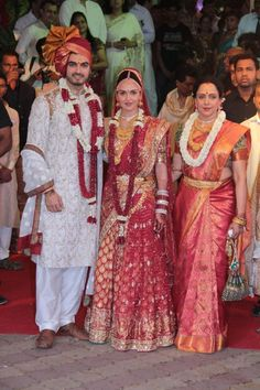 Indian Celebrity Weddings isha deol