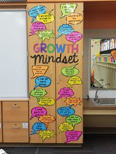 MINDSET ACTIVITIES & BULLETIN BOARD DISPLAY I'm loving these growth mindset statements. We can all use a little extra positivity now and then. I'm loving these growth mindset statements. We can all use a little extra positivity now and then. 5th Grade Classroom, Classroom Design, Future Classroom, School Classroom, Classroom Themes, Classroom Organization, Classroom Bulletin Boards, Classroom Posters, Classroom Management