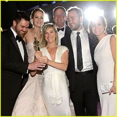 Jennifer Lawrence Mobbed By Family Post-Oscars 2013 Win! Click to see video!