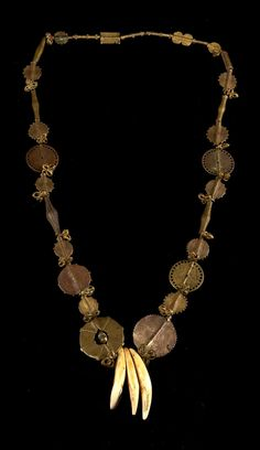 Africa | Necklace from the Ashanti people of Ghana | Brass, copper alloy | Est. 500 - 1000€