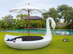 Modern Outdoor Bed Designs, to inspire you to buy one for your garden, or for your pool area. Patio Daybed, Outdoor Daybed, Outdoor Lounge, Wicker Furniture, Garden Furniture, Outdoor Furniture, Luxury Furniture, Atlantic Furniture, Leather Sectional Sofas