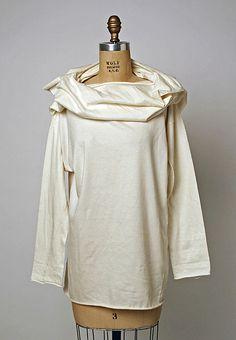 T-shirt Comme des Garçons (Japanese, founded 1969) Date: 1983 Culture: Japanese Medium: cotton