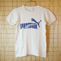 【PUMA】古着SYRIA(シリア)製ホワイト×ネイビーeuroプーマTシャツ|キッズ150cmサイズ・レディースXSサイズ相当