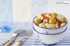 Ensalada de patata y bonito    http://www.directoalpaladar.com/recetas-de-ensaladas/receta-de-ensalada-de-patata-y-bonito