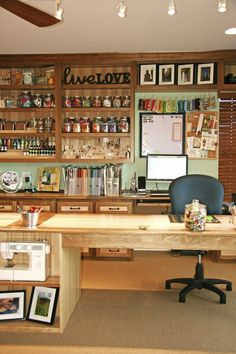 Craft Room! What I wouldn't give for something that looks like this lol.