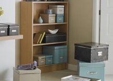 10 πανέξυπνες αποθηκευτικές λύσεις για περισσότερο χώρο στο σπίτι Lego Storage, Storage Shelves, Storage Organization, Tall Cabinet Storage, Storage Ideas, Shelving, Storage Solutions, Entryway, Office Spaces