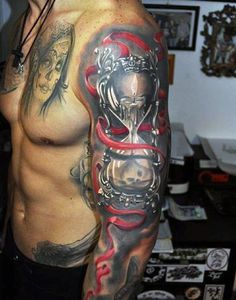 2017 trend Tattoo Trends - 60 Hourglass Tattoo Designs For Men - Passage Of Time Time Tattoos, Body Art Tattoos, New Tattoos, Tattoos For Guys, Sleeve Tattoos, Cover Up Tattoos For Men, Retro Tattoos, Creative Tattoos, Unique Tattoos