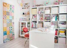 hearthandmadeuk+craft+room+patchwork+door My Craft Room Tour