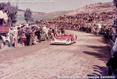 28 Alfa Romeo 33.3 A.De Adamich - P.Courage (27).jpg