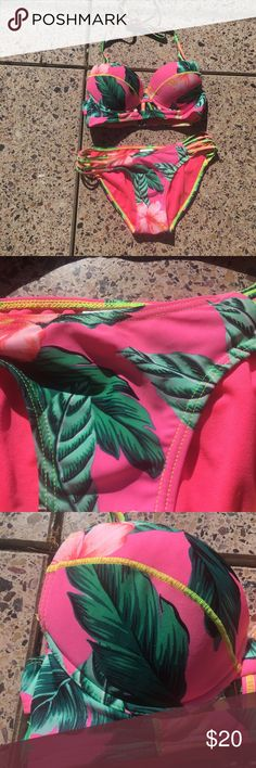 Push up padded bikini ✨excellent used condition ✨padded push up bra ✨full coverage bottoms ✨got pink and neon green with floral details Xhilaration Swim Bikinis