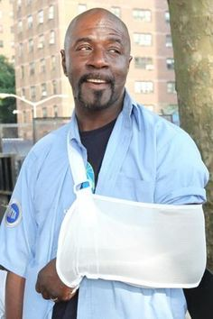 Steven St. Bernard -Bus driver/stud/best-neighbor-ever    http://www.nypost.com/p/news/local/brooklyn/what_catch_xwblWglEiyYSVUl75VnKLO#