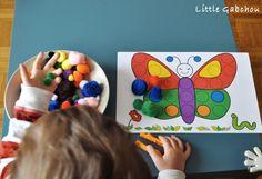 Activité #Montessori assortir les couleurs a la pince