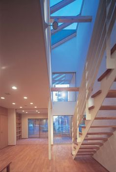 トップライトホールの家(建築家:石村聖一郎)