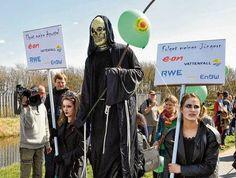 Zum 27. Tschernobyl-Jahrestag: Der Aktionstag in Brokdorf.
