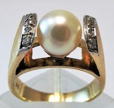 14ct Yellow Gold Vintage Pearl and Diamond ring