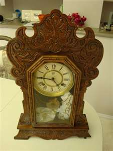 Antique Clocks: Waterbury Mantle Clocks, mantle clocks, waterbury ...my Granny had one of these on her mantle throughout my childhood!