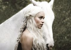 she always has the most beautiful hairstyles (game of thrones)