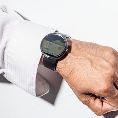 Google Glass rendered irrelevant by Android Wear (Wired UK)