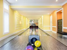Reunion House Rental: Amazing 10 Bedroom Reunion Resort Mansion With Bowling Alley | HomeAway Luxury Rentals