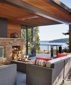 Outdoor area - overhang