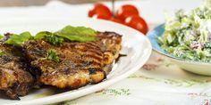 Grillede koteletter med brokkolisalat Steak, Recipes, Food, Kitchens, Essen, Steaks, Meals, Ripped Recipes, Eten