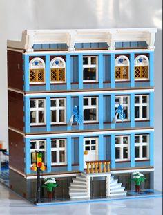 Lego MOC- Blueberry Elementary