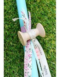 Λαμπάδα με ξύλινη κουβαρίστρα & δαντέλα Projects To Try, Easter, Candle, Easter Activities