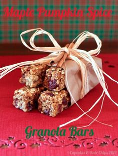 Pumpkin Maple Spice Granola Bars - #SundaySupper Gifts from the Kitchen (#gluten free #vegan) - Cupcakes & Kale Chips
